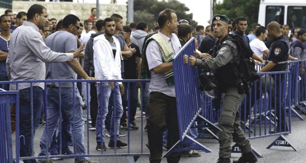 عصابات المستوطنين تقتحم الأقصى في حراسة شرطة الاحتلال والمرابطون يتصدون بالتكبير