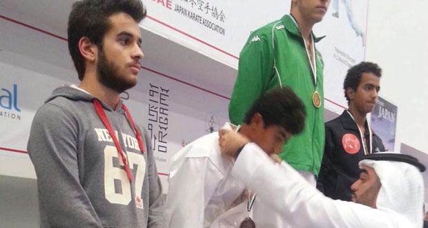 أكاديمية الكاراتيه بنادي نـزوى تحقق 7 ميداليات