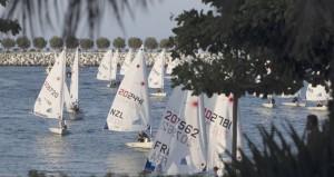 عمان للإبحار تسلّط الضوء على العوائد الاقتصادية التي تجنيها السلطنة من رياضة الإبحار الشراعي