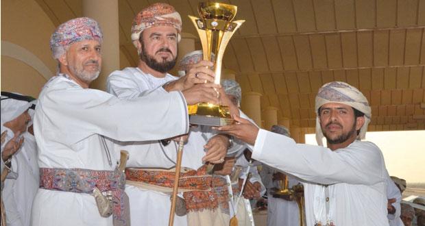 برعاية أسعد بن طارق.. ختام رائع ومثير للبطولة الخليجية الرابعة للهجن بميدان الفليج بولاية بركاء