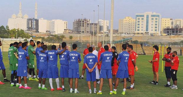 منتخبنا الوطني يكثف مرانه بزيادة اللياقة البدنية وتنمية المهارات الفردية والجماعية