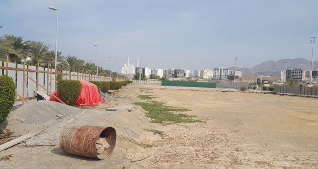 مشروع تجديد ملاعب التنس بمجمع السلطان قابوس ببوشر في طي النسيان