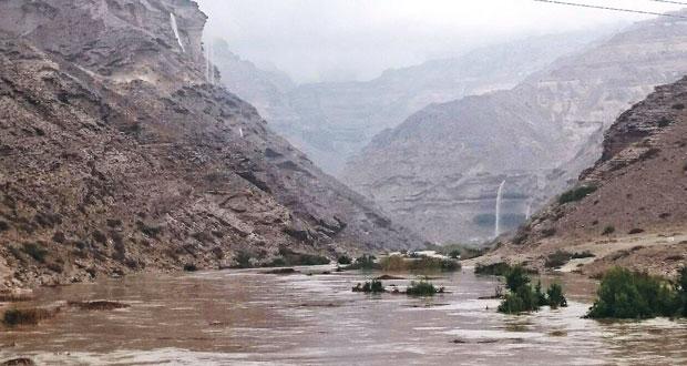 إنهاء التأهب بعد زوال التأثيرات المباشرة لـ (تشابالا).. وظفار تسجل أعلى كمية أمطار