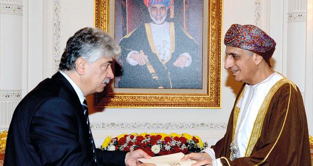 رسالة لجلالة السلطان من الرئيس الفلسطيني