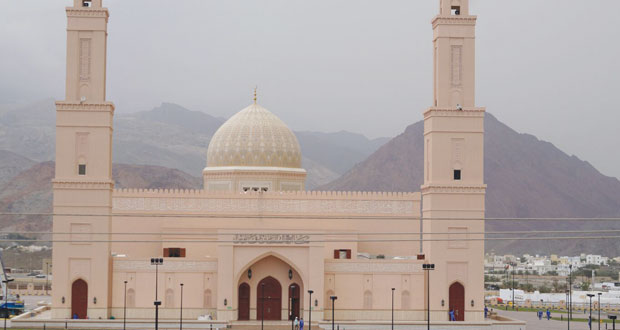 اليوم.. افتتاح جامع السلطان قابوس بـ( بدبد )