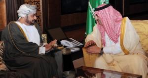 وزير الداخلية يلتقي ولي العهد السعودي
