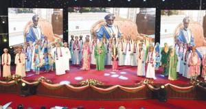 وزير ديوان البلاط السلطاني يرعى مهرجان الإنشاد الوطني الطلابي (بقلمي وبصوتي أعزز انتمائي)