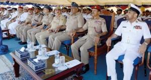 رئيس أركان قوات السلطان المسلحة يرعى احتفال البحرية السلطانية العمانية باستقبال السفينة (شناص)
