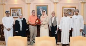 وفد من مركز كارتر بالولايات المتحدة الأمريكية يزور جامعة السلطان قابوس