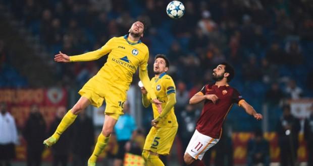 في دوري أبطال أوروبا: تشلسي وأرسنال وروما ودينامو كييف وغنت يلتحقون بركب المتأهلين