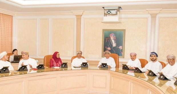 مجلس أمناء المجلس العماني للاختصاصات الطبية يناقش تطلعات وخطط وفعاليات وأنشطة عام 2016م