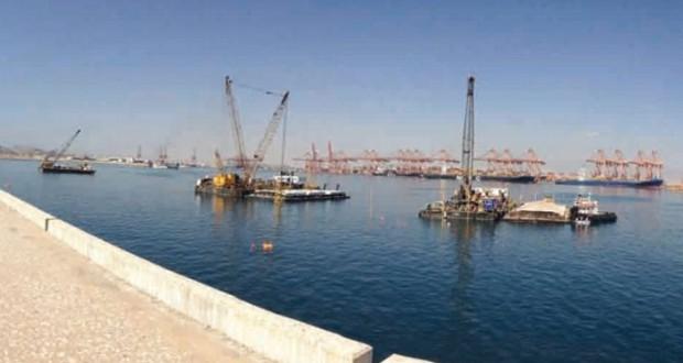 غدا.. افتتاح مشروع إنشاء رصيفي البضائع العامة والمواد السائلة بميناء صلالة
