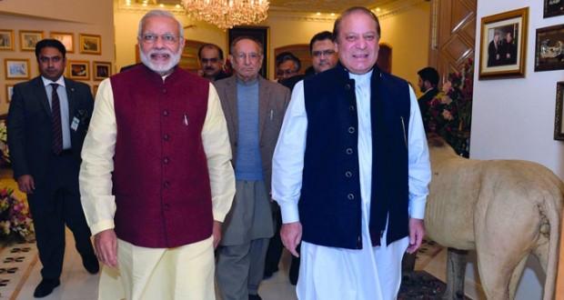 رئيس وزراء الهند في زيارة مفاجئة لباكستان
