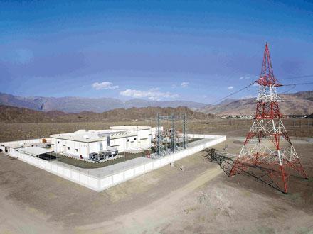 مشاريع بأكثر من 148 مليون ريال عماني تنفذها (العمانية لنقل الكهرباء) بجنوب الشرقية والداخلية