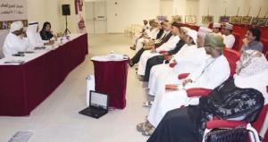 """""""دمية القدر"""" تقدم واقعها الإنساني المرتبك ضمن عروض مهرجان المسرح العماني السادس"""