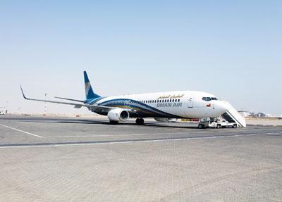 الطيران العماني يحصل على جائزة «أفضل شـركة طيران دولي 2015»