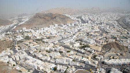 4 مليارات ريال عماني عقود متداولة بالنشاط العقاري حتى أكتوبر الماضي