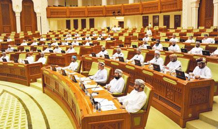 مجلس الشورى يواصل مناقشة قوانين «ضريبة الدخل» و«استثمار رأس المال الأجنبي» و«شـركات التأمين»