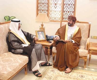 وزير الخدمة المدنية يتلقى دعوة للمشاركة في الدورة الرابعة للقمة الحكومية المنعقدة بإمارة دبي