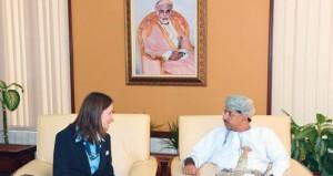 وزير الإعلام يستقبل رئيسة المجلس العالمي للمرشدات بالجمعية العالمية للمرشدات وفتيات الكشافة
