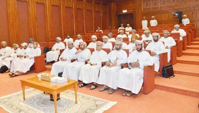 مجلس الشورى ينظم لقاء تعريفيا لأعضائه حول المسؤوليات والواجبات القانونية