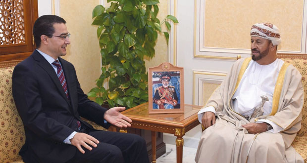 الوزير المسؤول عن شؤون الدفاع يستقبل سفراء تونس والهند وقبرص