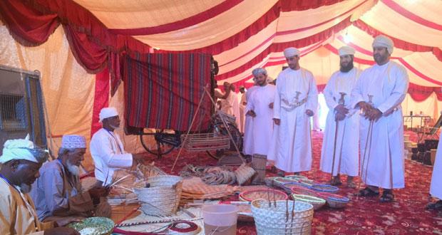 افتتاح معرض المواهب والمنتجات الوطنية بنخل