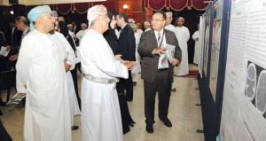 وزير الصحة يفتتح الملتقى السنوي الأول للبحوث الصحية