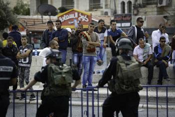 استشهاد فلسطينيين بعملية طعن في القدس قُتل فيها مستوطن وأصيب آخرون