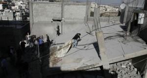الاحتلال يمعن بتفجير منازل الشهداء وعشرات الإصابات في اقتحام قواته (شعفاط)