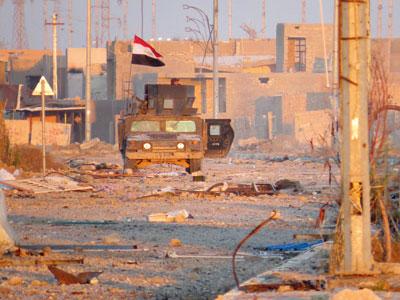 القوات العراقية تتوغل فـي آخر منطقة لداعش بالرمادي