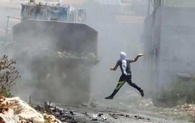 شهيدان فلسطينيان أحدهما قضى متأثرا بجراح أصيب بها برصاص الاحتلال بغزة