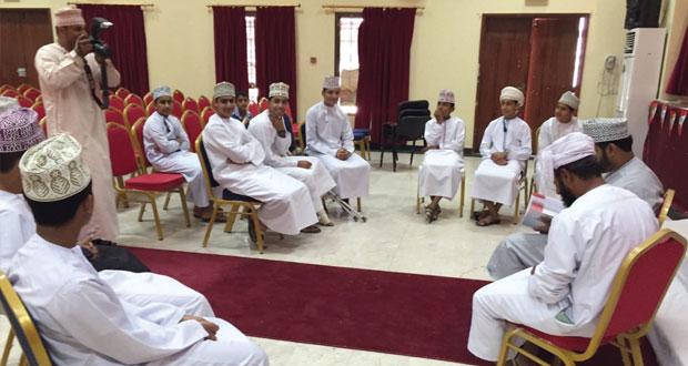 فعاليات ومناشط الإبداع الشبابي بأندية محافظة الداخلية تشهد إقبالا كبيرا من الجنسين