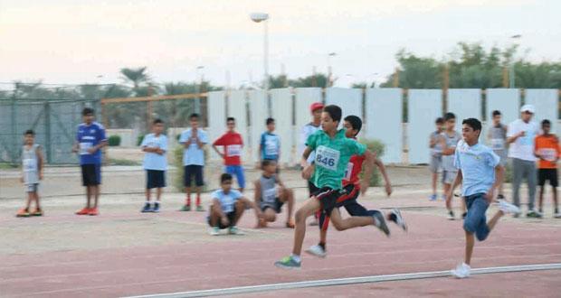 مراكز الناشئين تنظم اليوم الرياضي لألعاب القوى وسط حضور كبير لأولياء أمور المشاركين