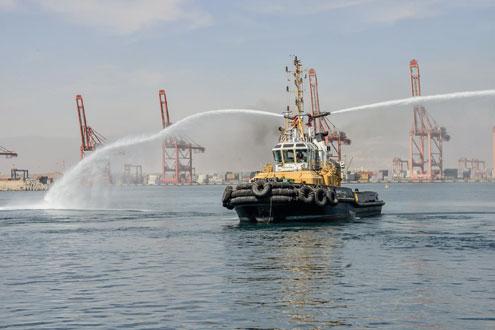 ميناء صلالة يستقبل مشروع إنشاء رصيفي البضائع العامة والمواد السائلة