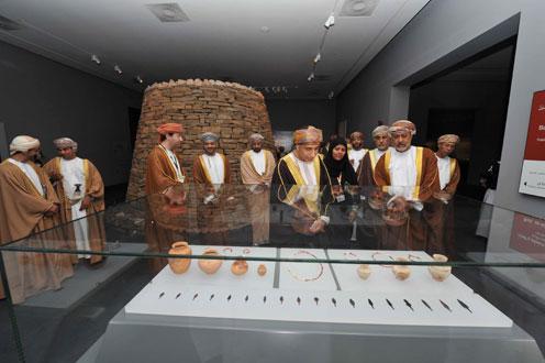 نائب رئيس الوزراء لشؤون مجلس الوزراء يفتتح رسميا المتحف الوطني بـ (١٥) قاعة تتضمن (٦٠٠٠) من اللقى و (٤٣) منظومة عرض تفاعلي