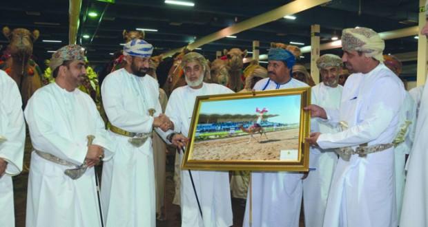 المعرض الدولي الخامس للخيل والإبل والتراث (أصايل عمانية) يواصل فعالياته