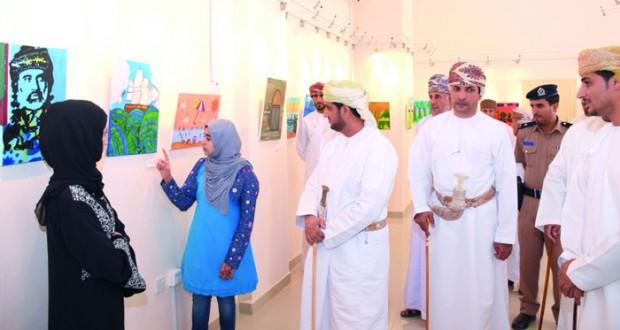 افتتاح معرض مسابقة الموهوبين الصغار للفن التشكيلي بصحار