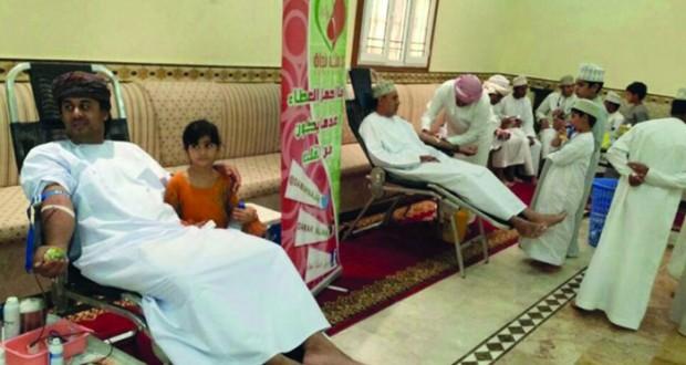 تنظيم 33 حملة للتبرع بالدم و3240 متبرعا ومتبرعة بمستشفى عبري المرجعي تنفيذ مناشط وبرامج توعوية