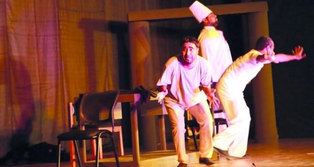 """الرستاق المسرحية تستعد لعرض """"كوميديا الأيام السبعة"""" في الدورة الأولى لمهرجان شرم الشيخ الدولي لمسرح الشباب"""