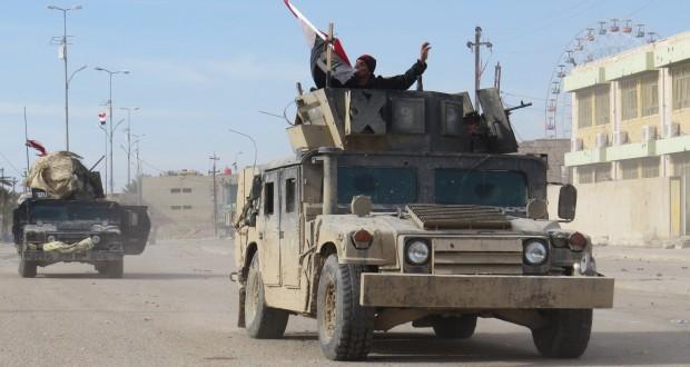 القوات العراقية تصد هجوما لـ (داعش) غرب الرمادي وتحرر منطقة الملعب