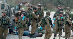 شهيدان بنيران الاحتلال والفلسطينيون يطالبون بتحقيق دولي في عمليات الإعدام الميدانية
