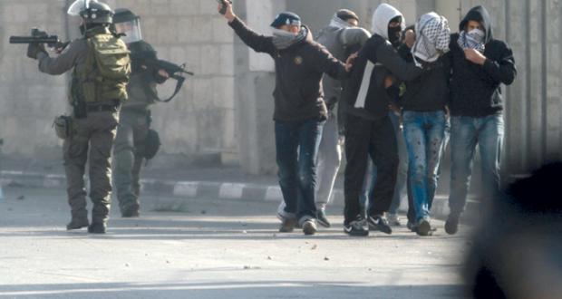 الاحتلال يستهدف بالرصاص مسيرات الضفة وتظاهرات غاضبة بالأقصى