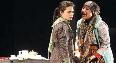 """مسرحية """"صدى الصمت"""" الكويتية تحصد الجائزة الكبرى في مهرجان المسرح العربي"""