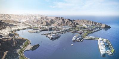 وزير النقل والاتصالات يعلن بدء تنفيذ المرحلة الأولى لمشروع الواجهة البحرية لميناء السلطان قابوس
