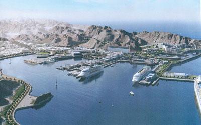 وزير النقل والاتصالات يكشف عن تفاصيل إنشاء مشروع الواجهة البحرية بمطرح .. غدا