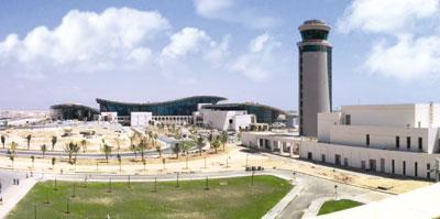 """الرئيس التنفيذي للهيئة العامة للطيران المدني في حديث لـ """"الوطن الاقتصادي"""":"""