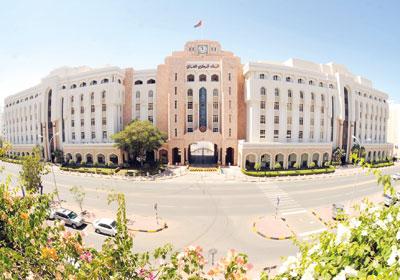 للمرة الأولى.. الائتمان المصرفي للاستيراد يتجاوز المليار ريال عماني