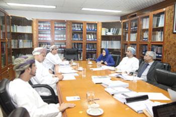 لجنة تحكيم جائزة السلطان قابوس للإجادة الصناعية تبدأ تقييم المنشآت الصناعية