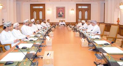 مكتب الشورى يناقش تقرير جهاز الرقابة المالية والإدارية للدولة والآلية الخاصة بإقرار الذمة المالية للأعضاء